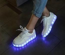 sapatos-tenis-led-unisex-frete-gratis-108501-MLB20355450647_072015-O